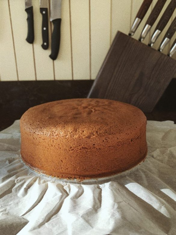 Изпечен блат за торта
