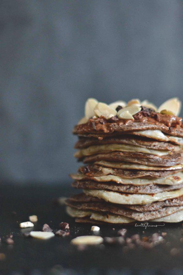 Шоколадово ванилови бананови палачинки