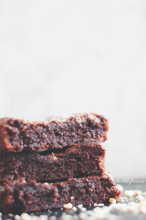 Шоколадово орехово брауни