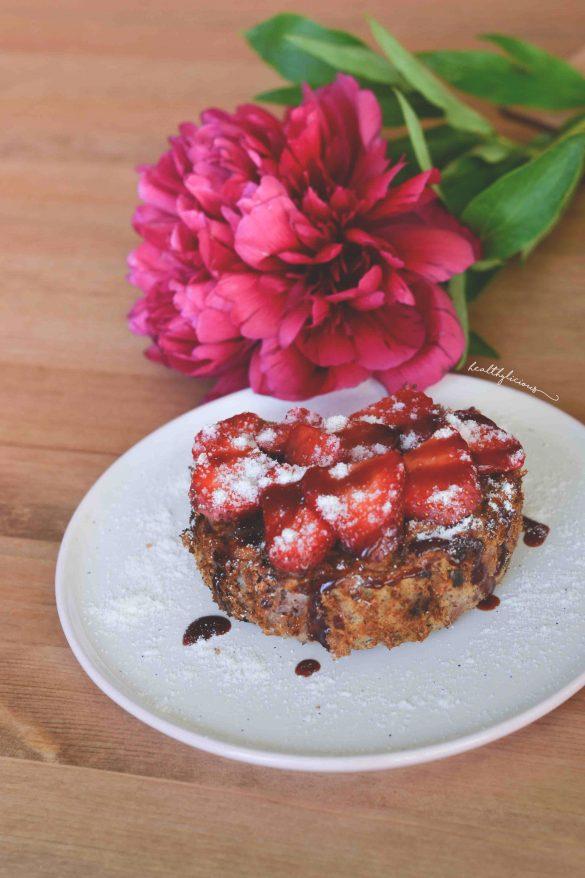 Десерт с ягоди