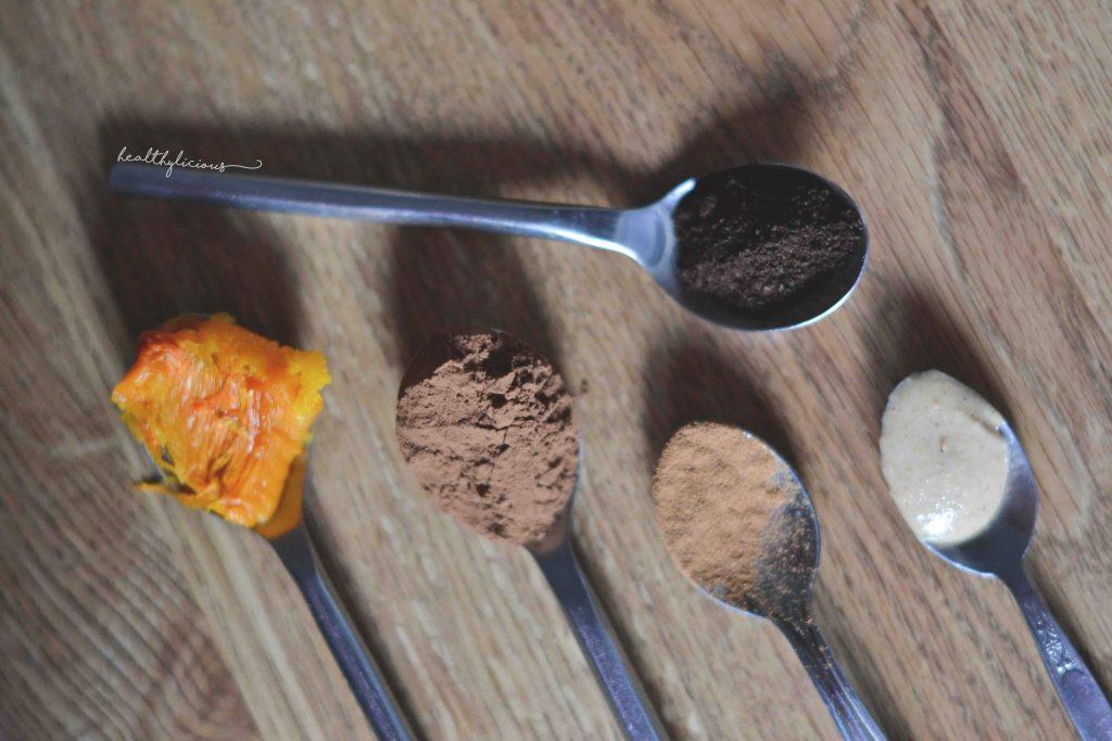 Съставки за тиквен горещ шоколад