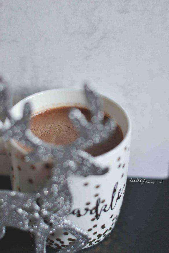 Коледно топло какао