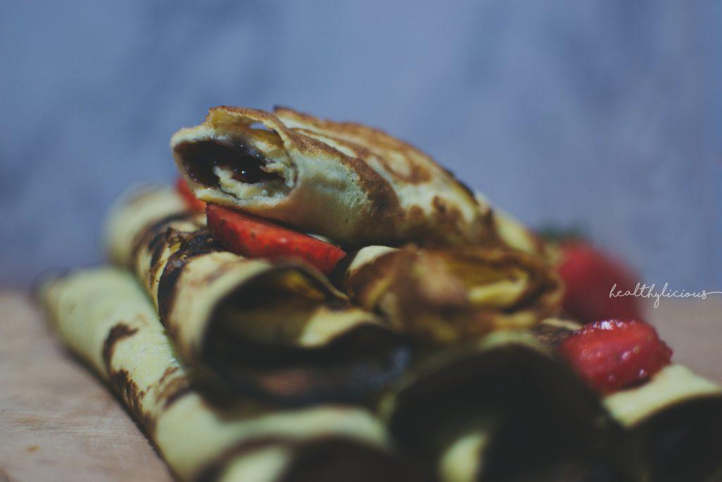 Нахутени палачинки с плодове