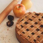 Ябълков пай с фурми