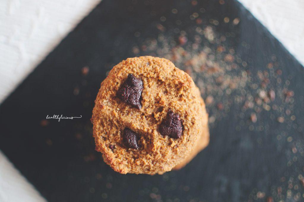 Тиквени бисквитки с шоколадови парченца