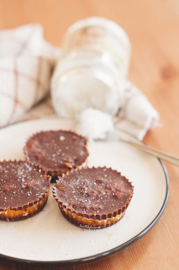 Сурови шоколадови хапки с буркан кокосово масло