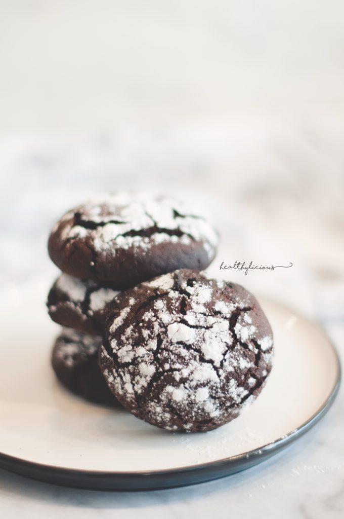 Шоколадови напукани бисквити