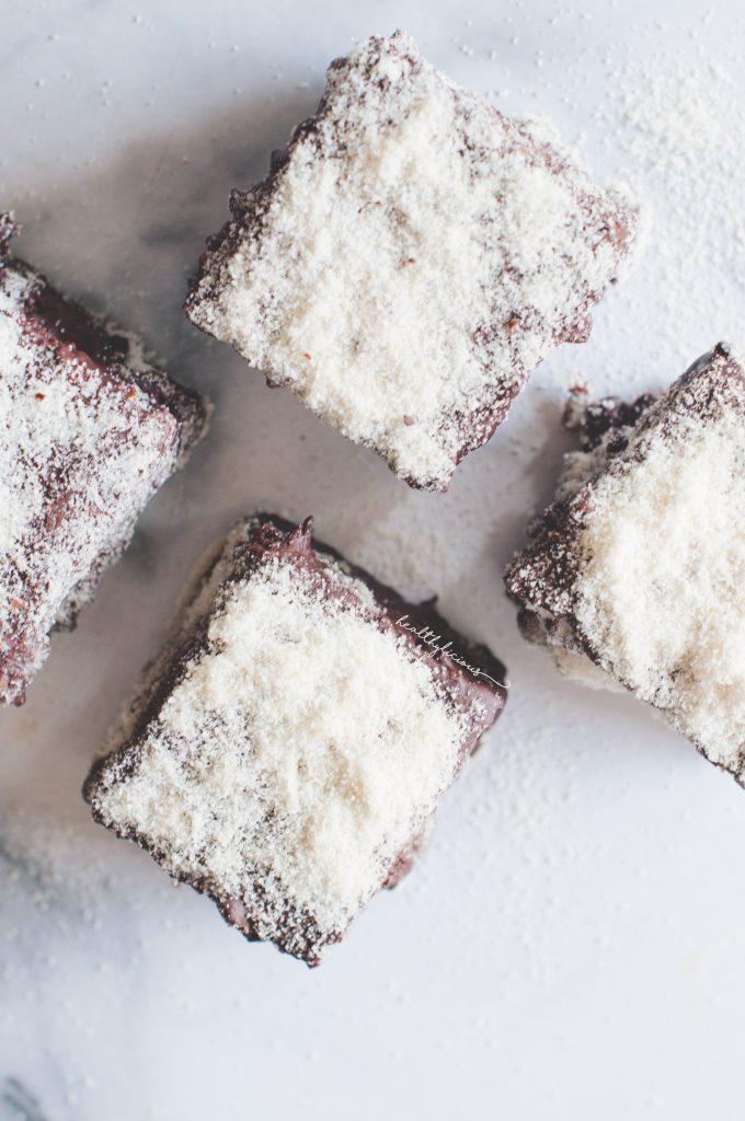 Кокосов десерт Ламингтън