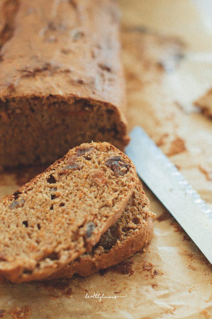 Веган тиквен хляб