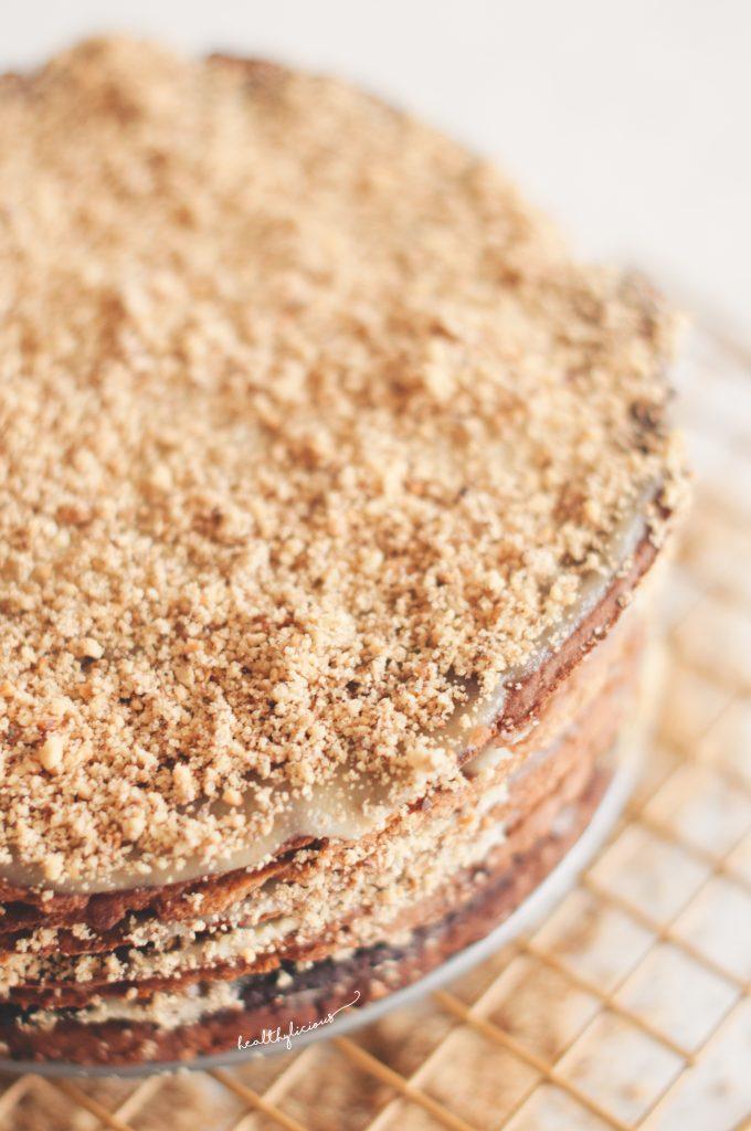 Торта с кашу крем и орехи