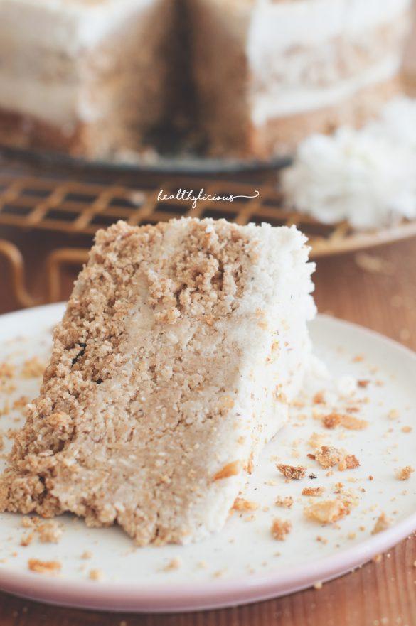 Бяла кокосова торта